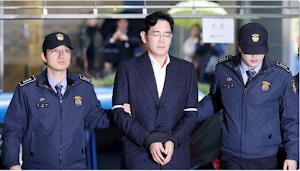 Samsung CEO and 4 others  indicted on bribery and embezzlement  charges