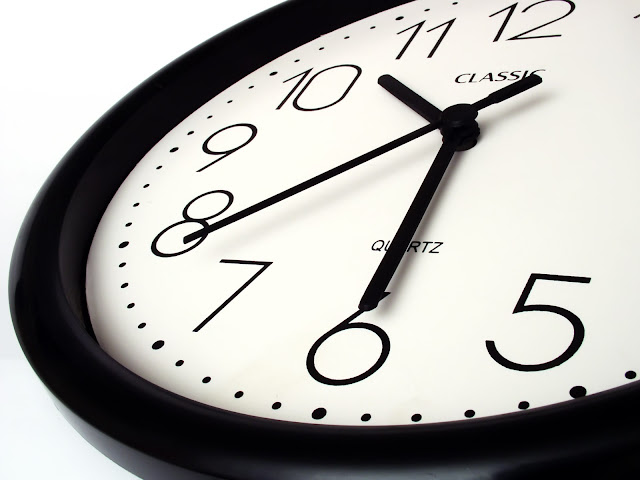 Cara membuat javacript jam dan tanggal sederhana