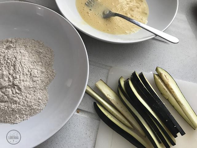 Ingredientes berenjenas, miel de caña & hummus