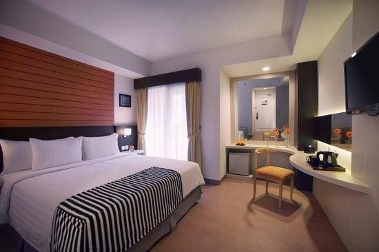 Kamar Hotel Atria Gading Serpong