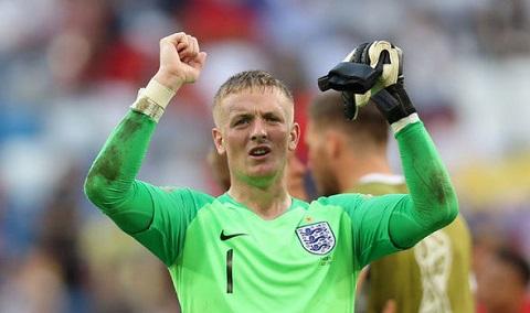 Pickford được mệnh danh là thủ môn có đôi chân vàng