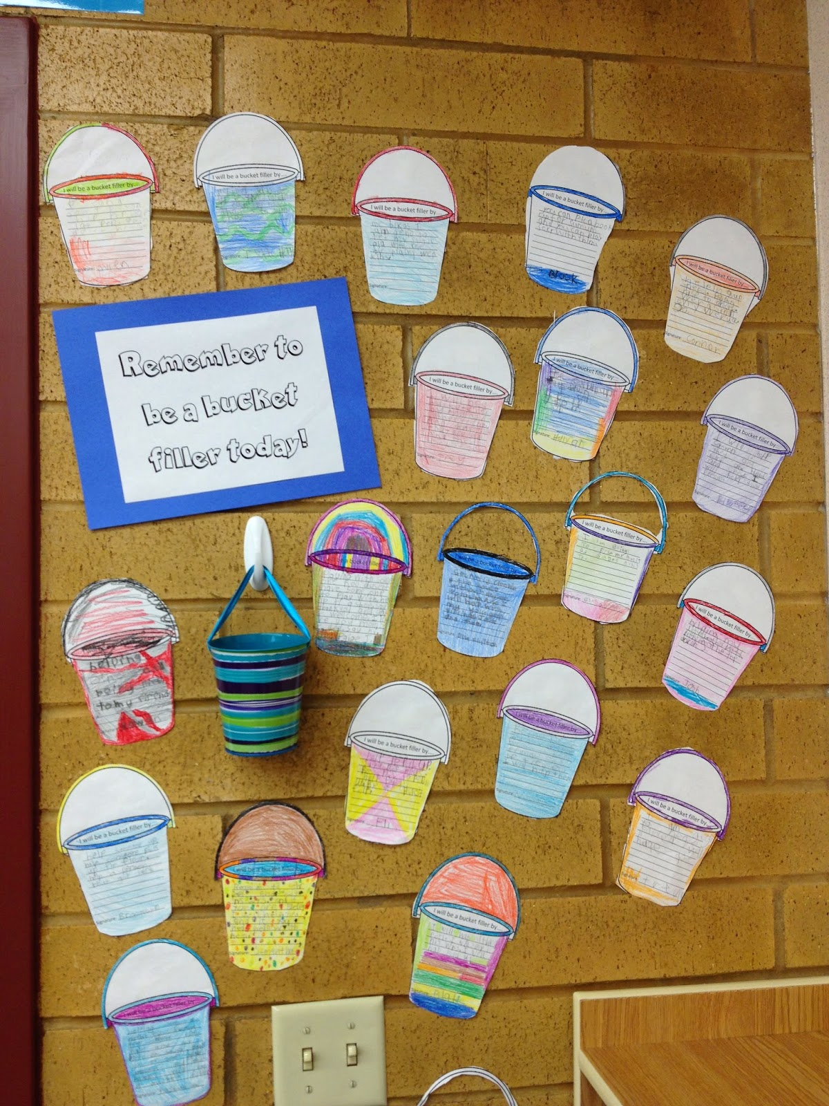 A Love For Teaching Bucket Filling Display