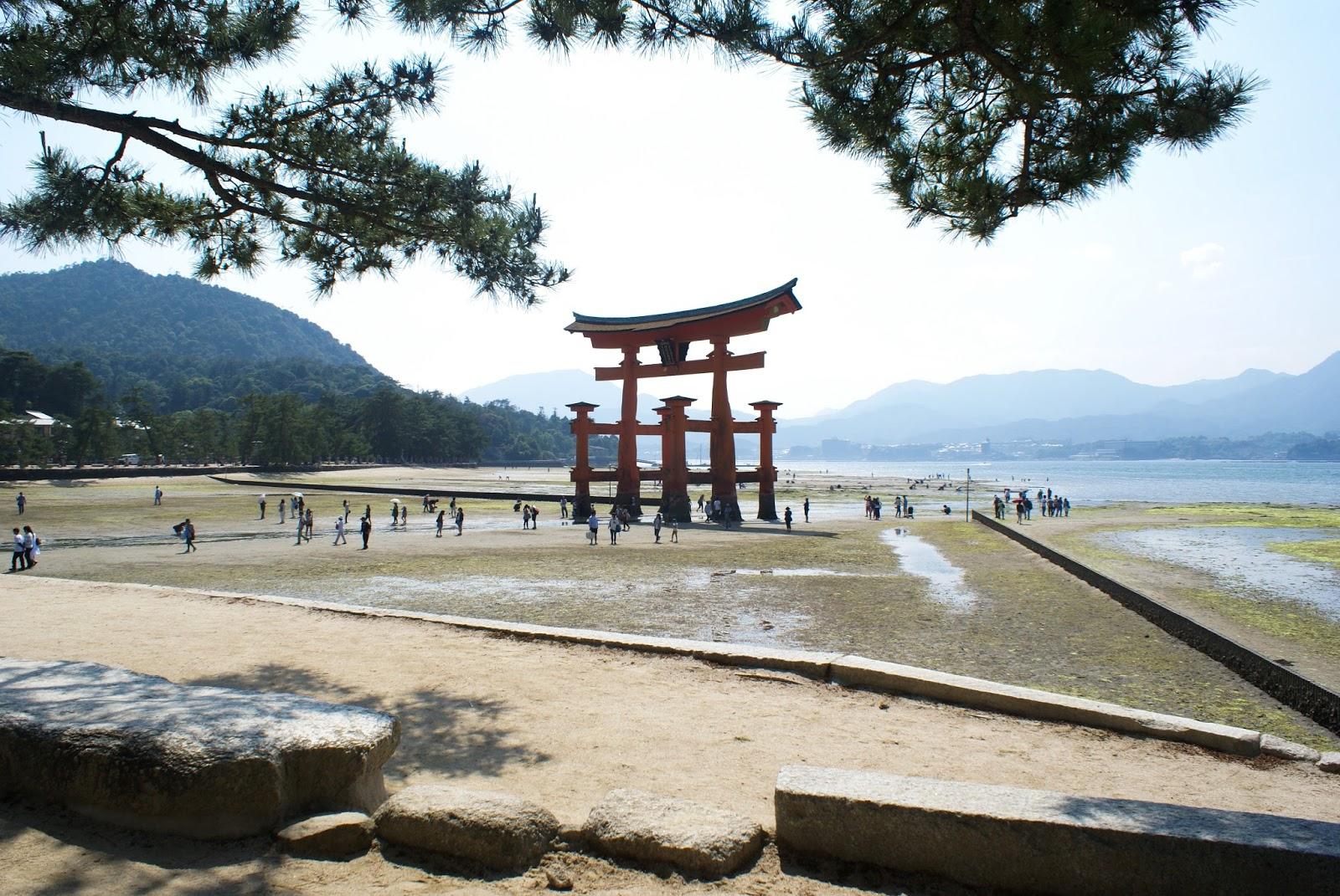 torii miyajima itsukushima sea japan