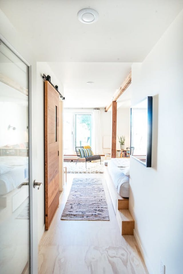 Cómo reformar un garaje para convertirlo en hogar, pasillo