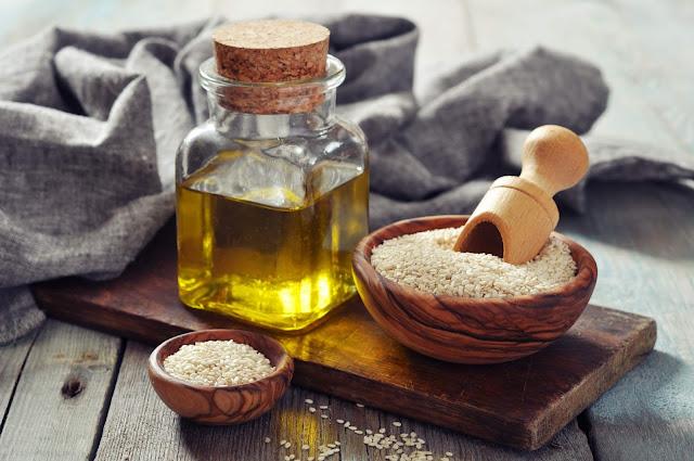 فائدة فوائد السمسم للشعر والبشرة Benefits-Sesame-Oil.