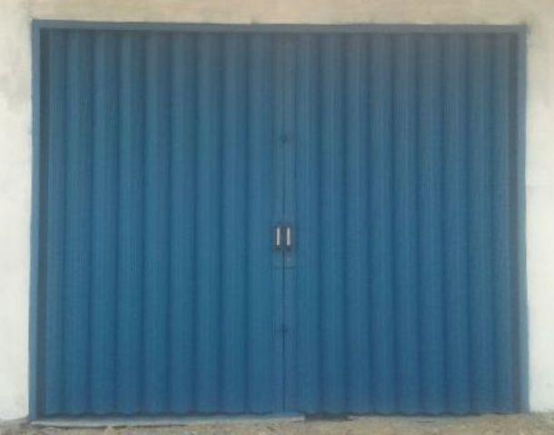 gambar pintu ruko