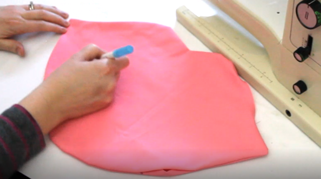 Sewing lip pillow