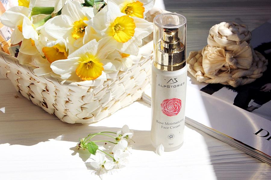 AlpStories Роза увлажняющий крем для нормальной и сухой кожи Rose Moisturizing Face Cream / обзор, отзывы