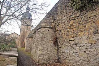 Stadtmauer von Arnstadt am Neutorturm