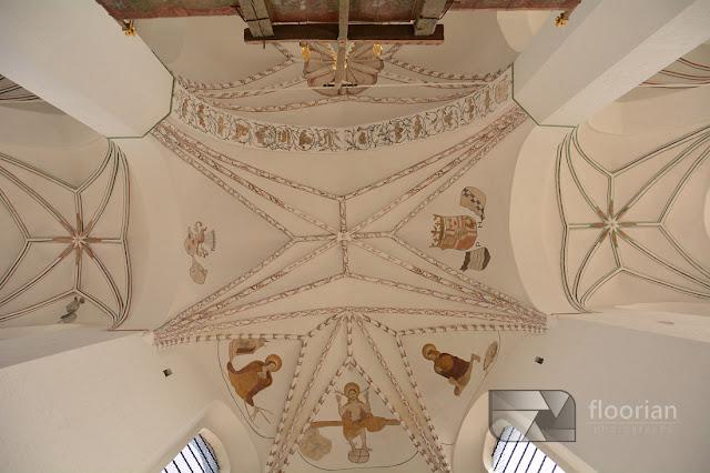 Wnętrze Katedry w Aarhus - atrakcje turystyczna w duńskim Aarhus