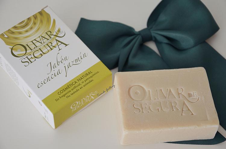 summer-beauty-beautyblogger-birchbox-jabón-jazmín-olivar-de-segura