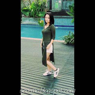 Foto Siti Badriah Cantik Terbaru dikala ini