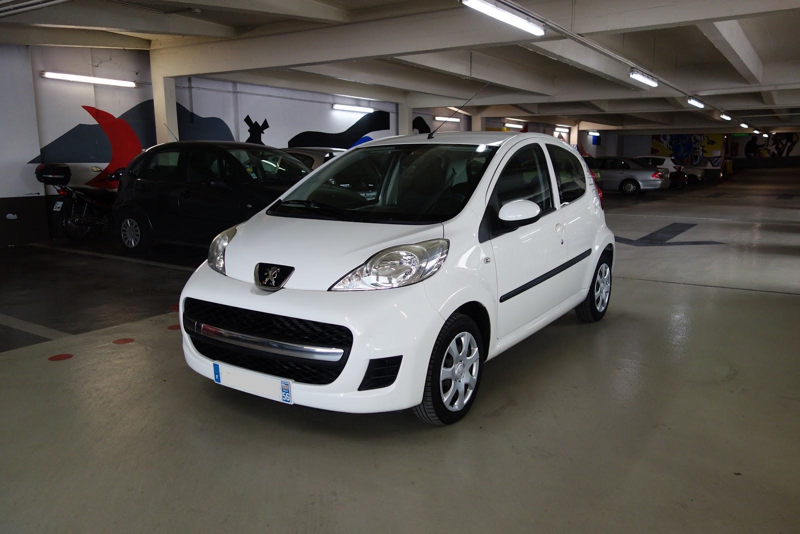 Autocoach d p t vente automobile paris peugeot 107 1 0 urban move 5 portes 2010 - Peugeot 107 blanche 5 portes ...