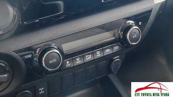 Giá xe, thông số kỹ thuật và đánh giá chi tiết bán tải Toyota Hilux 2018 nhập khẩu - ảnh 32