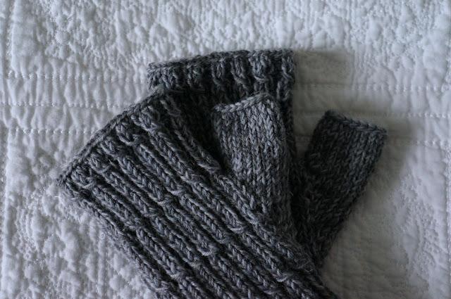 meine quilts und ich anleitung zum armstulpen stricken. Black Bedroom Furniture Sets. Home Design Ideas