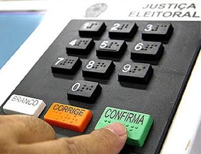 Lei Eleitoral determina que eleitor não pode ser preso a partir desta terça
