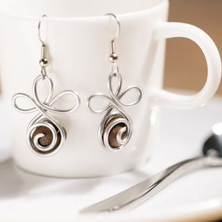 madres Jewelry coffee bean earrings 1