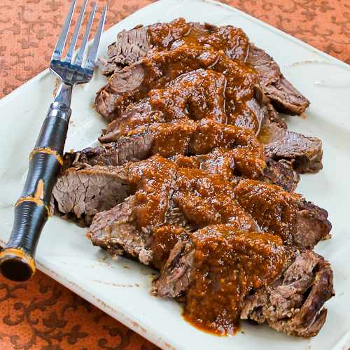 Slow Cooker Pot Roast with Sweet and Sour Tomato Sauce