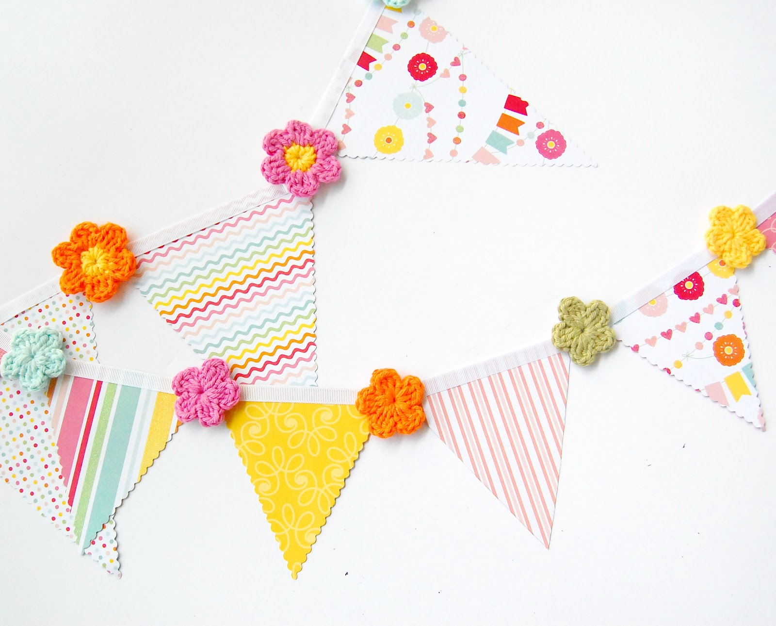 Hopscotch Lane Paper Bunting And A Simple Crochet Flower Pattern