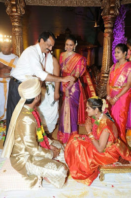 indian-wedding-producer-giris-daughter-wedding