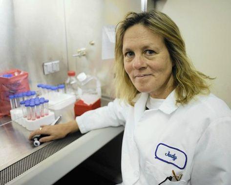 dr.ssa_Judy_Micovits_vaccini_modificano_genoma_umano