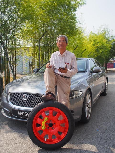 Chủ tịch và CEO James Lim Chong Shyh