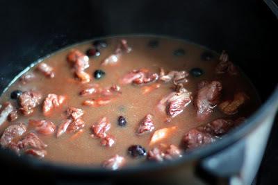 Entenragoût aus der Keule mit Cranberries, Safrangnocchi mit karamellisierter Nashi | Arthurs Tochter kocht. Der Blog für Food, Wine, Travel & Love
