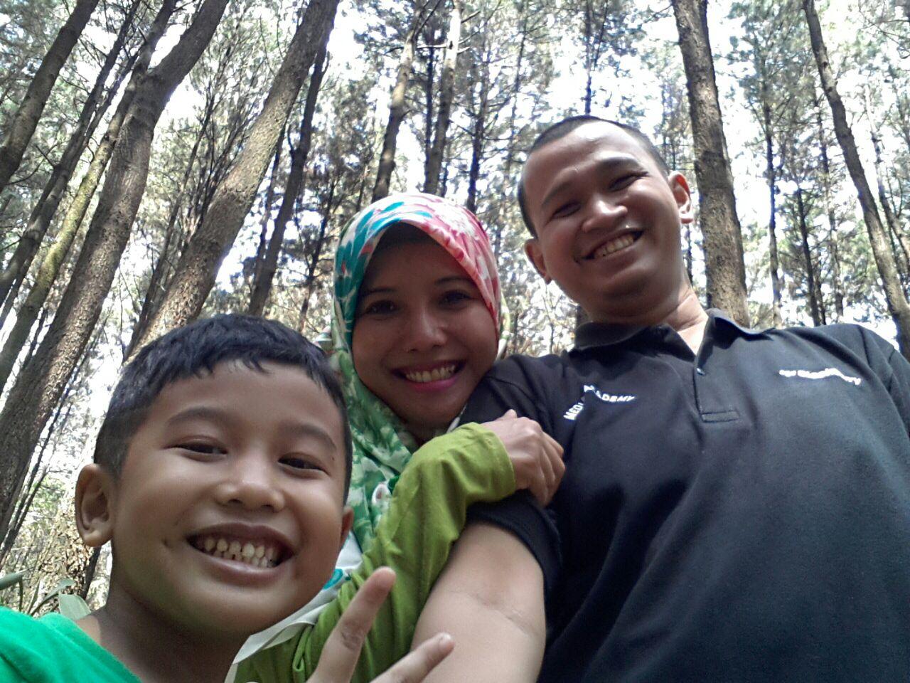 Warna Warni Kami !!: Hutan Pinus Gunung Pancar, Sentul City, Bogor