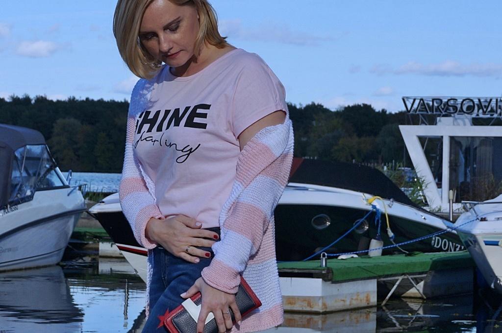 Zoio.pl fashion t-shirt z napisem moda damska