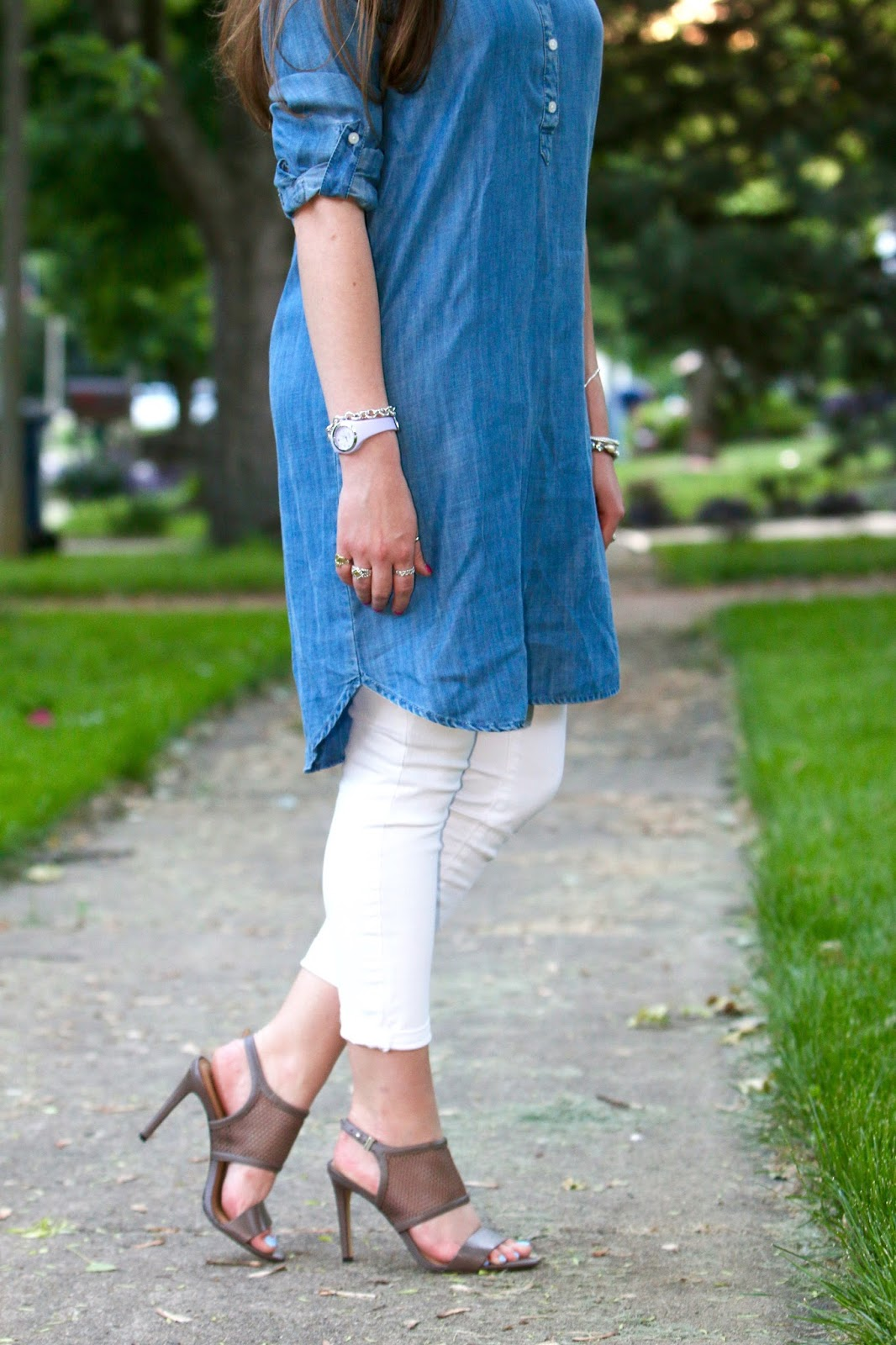 chambray shirtdress jeans