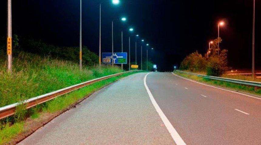 Φωτισμός νέας τεχνολογίας LED στους δρόμους της Θεσσαλίας