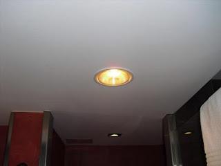 Đèn sưởi âm trần hồng ngoại phòng tắm