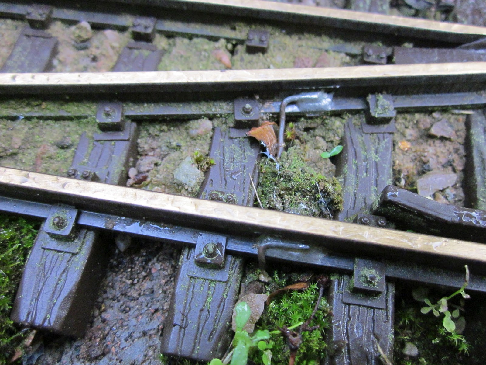 Peckforton Light Railway How I repaired LGB pointwork – Lgb Train Track Wiring