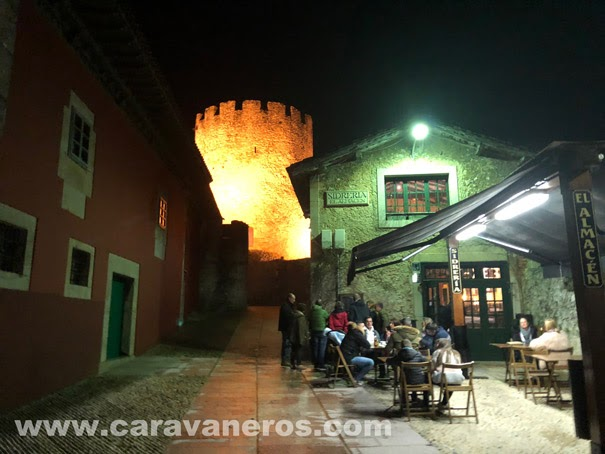 Sidrería el Almacén y Torreón. Llanes Asturias