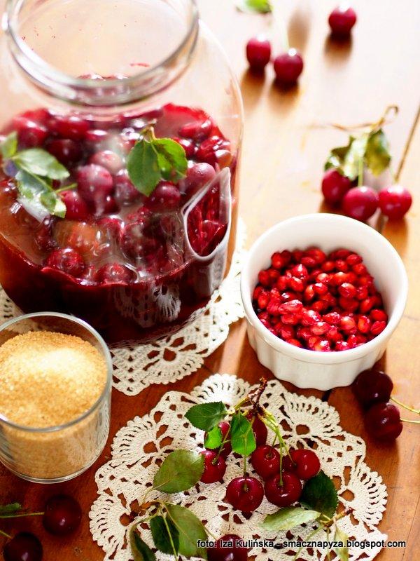 nalewka wisniowa, nalewka z wisni, wisnie, owocowy nektar, sok wisniowy, wisienki, domowej roboty, zrob to sam, najsmaczniejsze