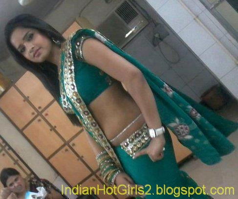 See Love Online - DateWhoYouWant Has 1000 s Of Indian Women To Choose From