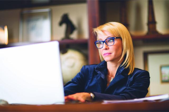 dedf3ef0e7ab1 Ao compartilhar com o leitor seu relato de vida, Rafaela Kaesemodel dá  especial atenção à perspectiva da mulher no contexto das empresas  familiares e a sua ...