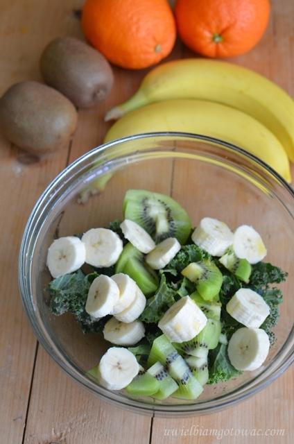 Koktajl z jarmużu, kiwi i banana