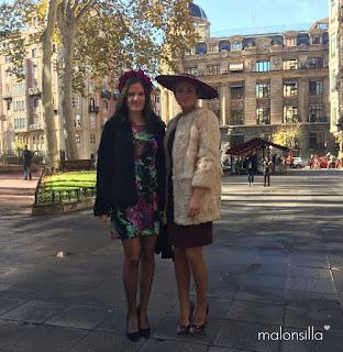Look de invitada con canotier ala ancha xxl pamela by malonsilla