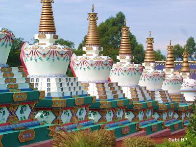 Templo Budistra de Três Coroas