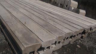 tiang pagar beton