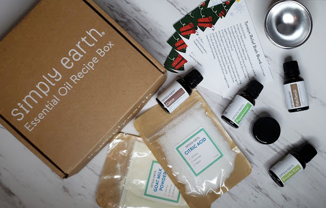 Review: Simply Earth Essential Oil Recipe Box