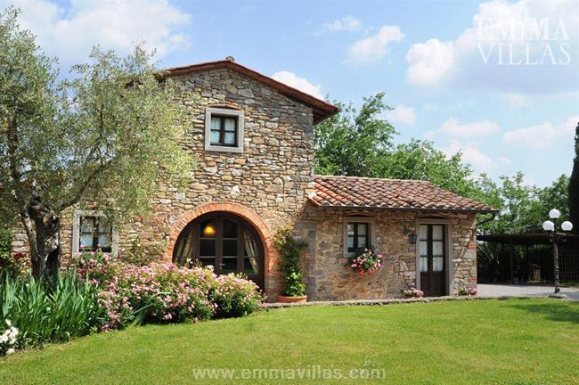 Estilo rustico casa de piedra en arezzo - Casas estilo rustico ...