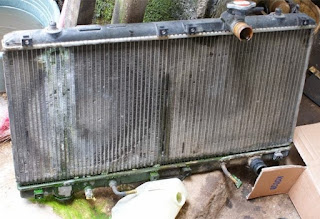 radiator adalah salah satu komponen penting yang ada pada kendaraan bermotor baik itu rod Ketahui Penyebab Radiator Bisa Bocor Disini !!!