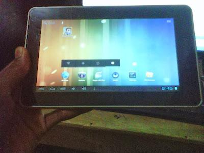 Review dan Ulasan CYRUS Atom Pad 2 Wi-Fi 8GB