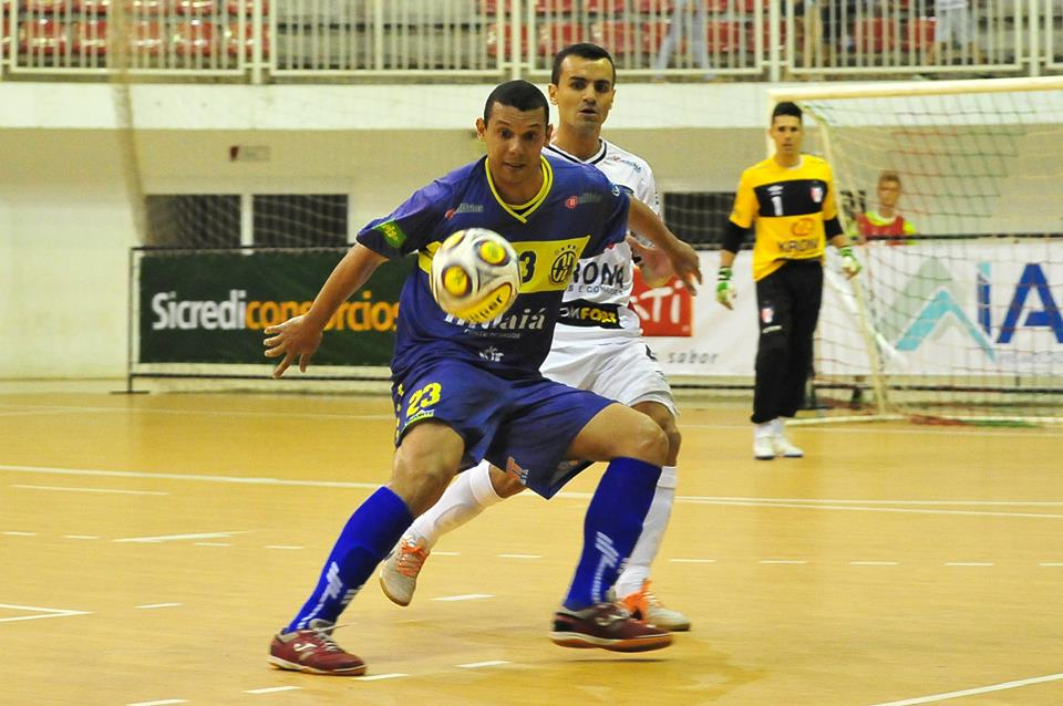 0680e99cb0 Joinville Futsal impõe seu rítimo e vence o Horizonte Futsal na estreia da  Superliga 2015.