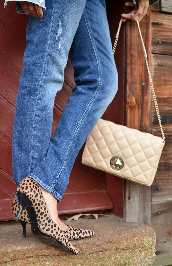 Leopard pumps with jeans