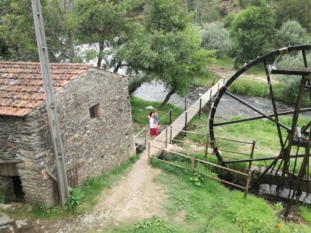 Vistas das nas Casas de Xisto para a Praia do Vimieiro
