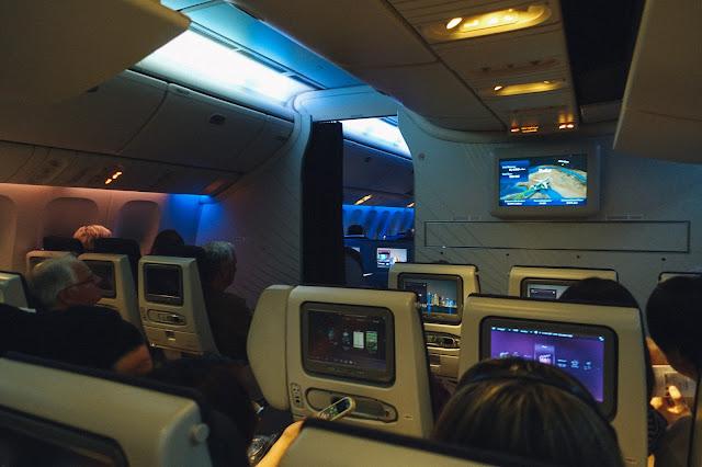 カタール航空QR807