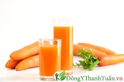 Chữa nóng trong hiệu quả với cà rốt
